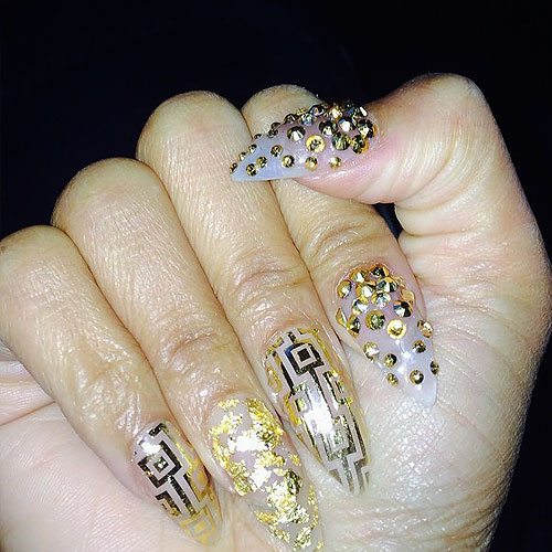 NICKI MINAJ FOIL NAILS