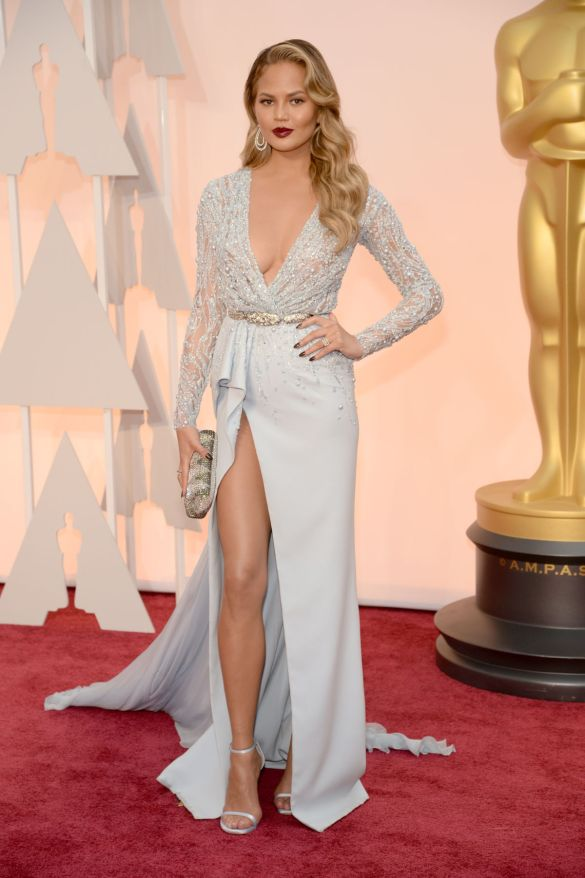 Chrissy Teigen in Zuhair Murad 2015 Oscars academy awards red carpet