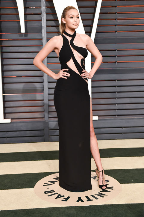 Gigi Hadid in Atelier Versace 2015 Oscars academy awards red carpet