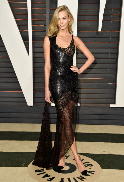 Karlie Kloss in Atelier Versace 2015 Oscars academy awards red carpet