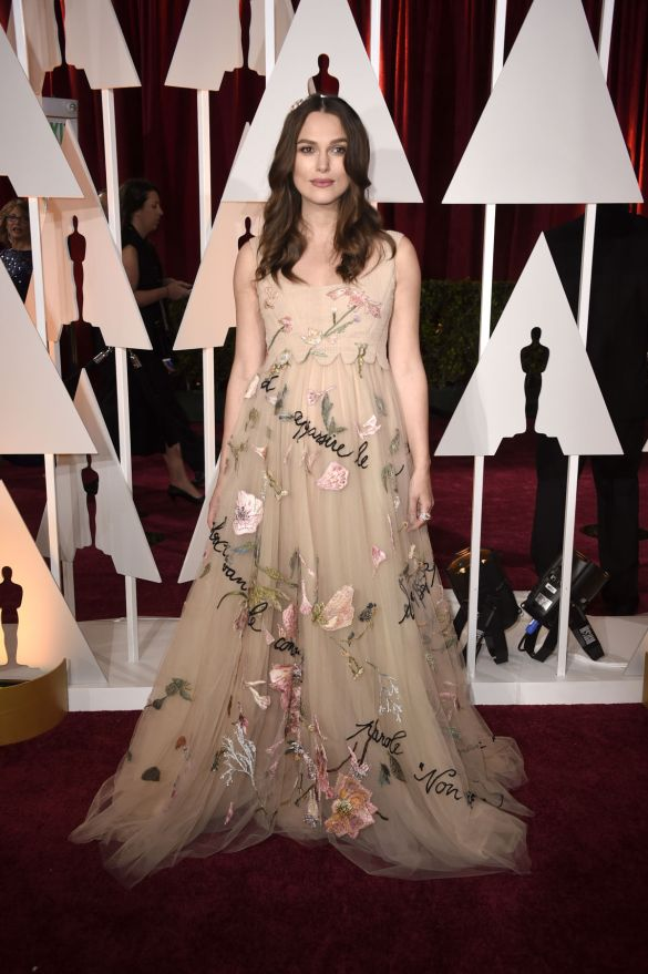 Keira Knightley in Valentino 2015 Oscars academy awards red carpet