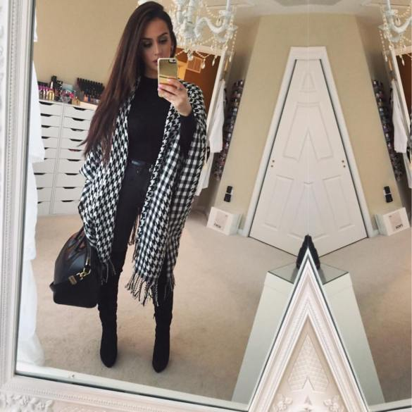 look of the day carli bybel the fashion bybel beauty blogger rivals magazine usa